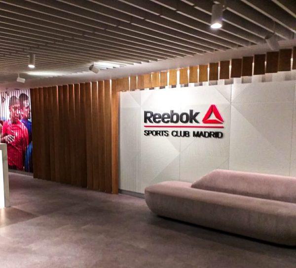 Sustitución de las instalaciones eléctricas de iluminación en el gimnasio REEBOK SPORT CLUB en el Centro Comercial ABC Serrano